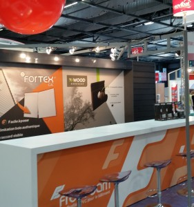 montage stand