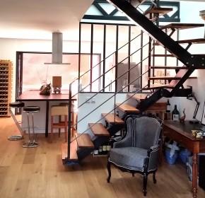 escalier design loft industriel bois